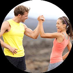 Mit Fitnessabnehmen bedeutet selbstbewusst und stark werden